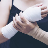Female with a Fractured wrist.jpg.crdownload